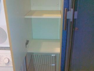 Мебель,выполненная по индивидуальным размерам,позволяет заполнить пространство максимально удобно.